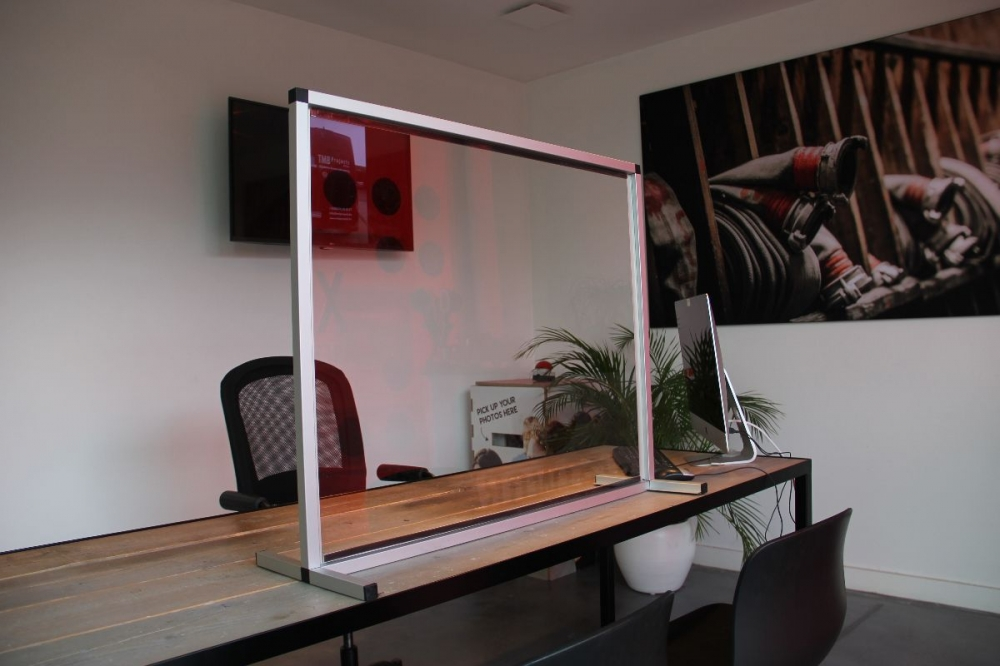 Plexi scherm - aluminium frame